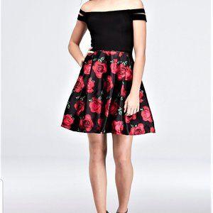BLONDIE NITES Split Sleeve Printed  Dress